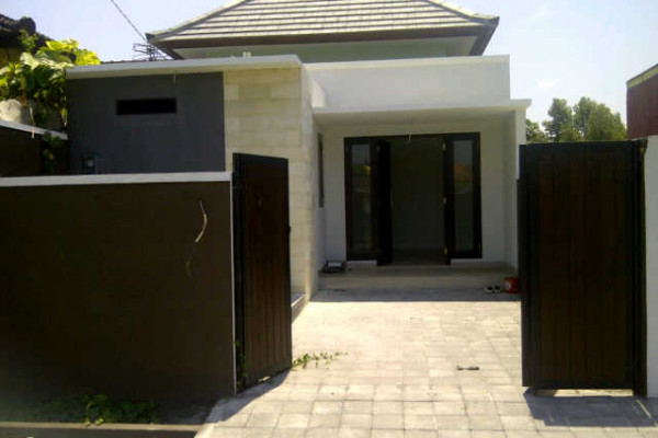 Brand new house for sale in Denpasar – R1077