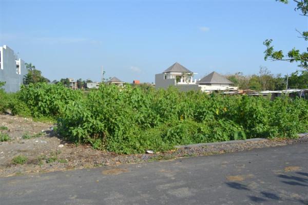 land for sale in canggu close to Berawa Beach