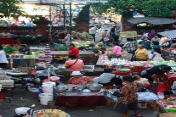 BADUNG MARKET TRADITIONANAL MARKET AT THE CITY