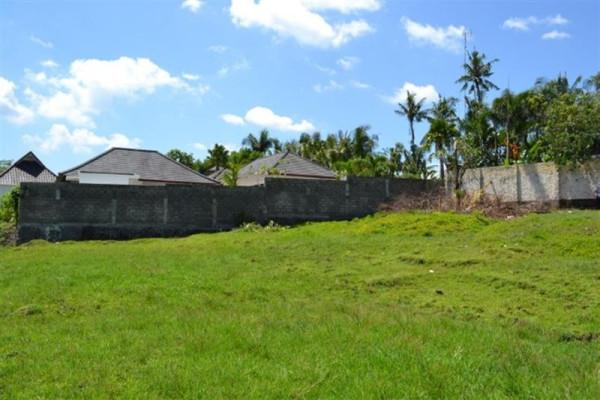 Land for sale in Canggu Umaalas, Bali close to the beach – TJCG028