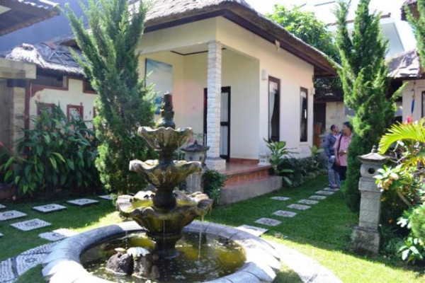 land for sale in canggu with 3 villas included – TJCG050