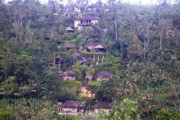 land for sale in Ubud Bali near Ubud hanging garden hotel – TJUB071