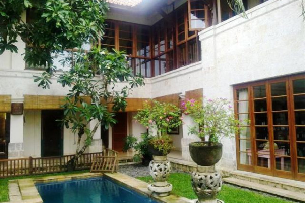 villa for sale in Jimbaran near four season hotel