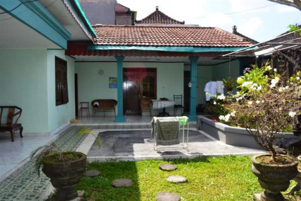 House for sale in Denpasar near to the Ubung buss station – R1006