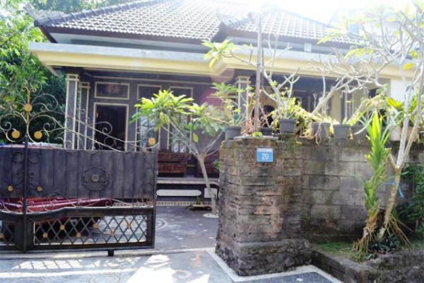 House for sale in Denpasar Dalung Bali – R1041