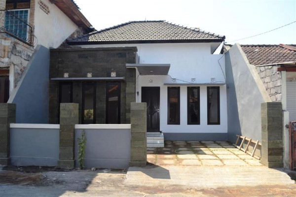Small house for sale in Denpasar to the Government office – R1078