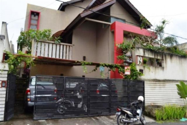 spacious modern house for sale in Denpasar – RJDP015