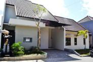Full furnished House for sale in Denpasar Kerobokan Bali – R1056