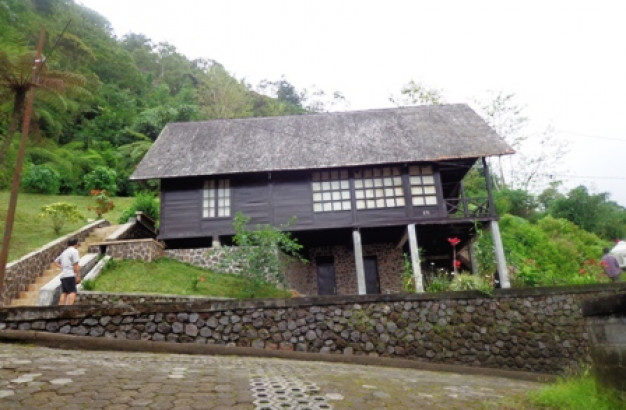 Bedugul villa for sale with lake view – TJBE024