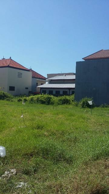 Affordable 425 m2 land for sale in Prestigious Location